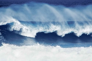 Free Big Blue Waves Picture for Android, iPhone and iPad