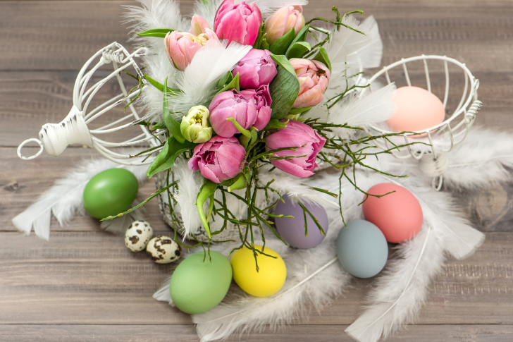 Fondo de pantalla Tulips and Easter Eggs