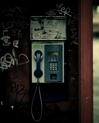 Phone Booth - Fondos de pantalla gratis para iPhone SE