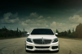 Free Mercedes-benz S550 Brabus Picture for Android, iPhone and iPad