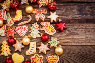 Christmas Decorations Cookies and Balls papel de parede para celular para 1366x768