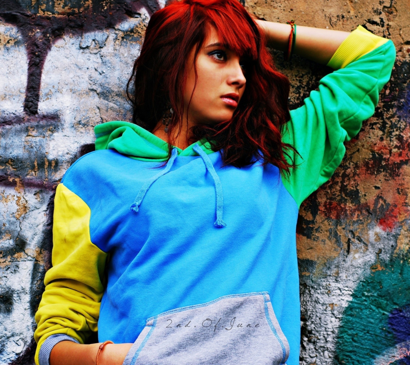 Screenshot №1 pro téma Graffiti Girl 1440x1280