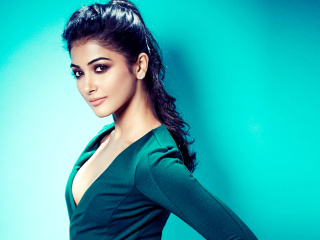 Fondo de pantalla Pooja Hegde Indian model 320x240