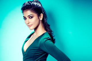 Kostenloses Pooja Hegde Indian model Wallpaper für Widescreen Desktop PC 1600x900