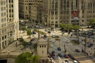 Free Chicago Street Picture for Android, iPhone and iPad