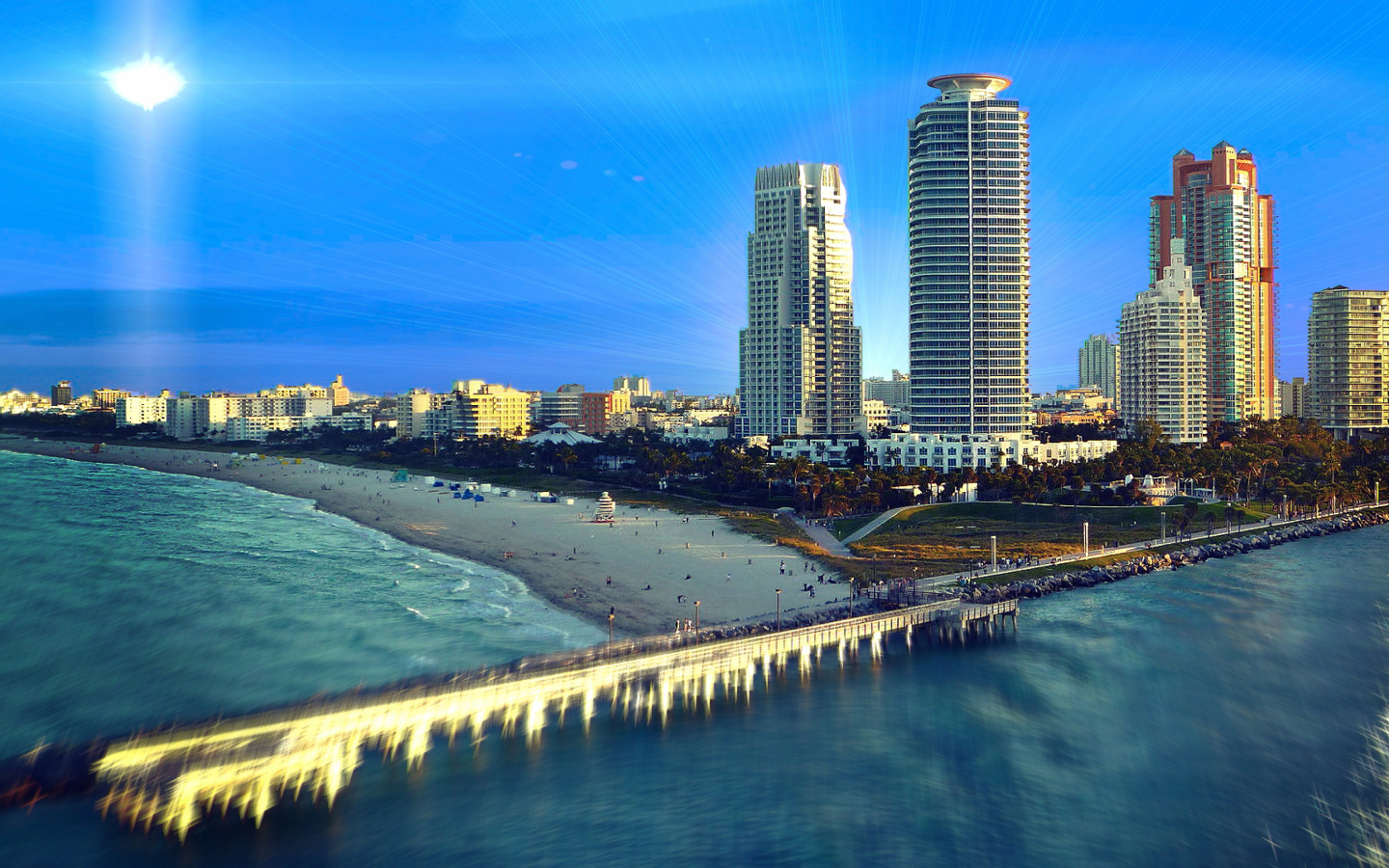 Fondo de pantalla Miami Beach with Hotels 1440x900