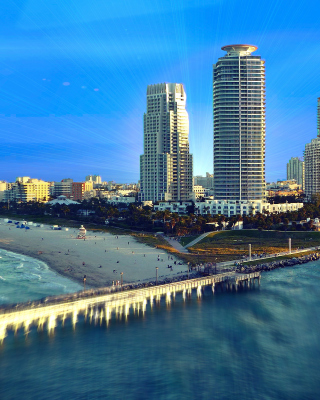 Kostenloses Miami Beach with Hotels Wallpaper für 320x480