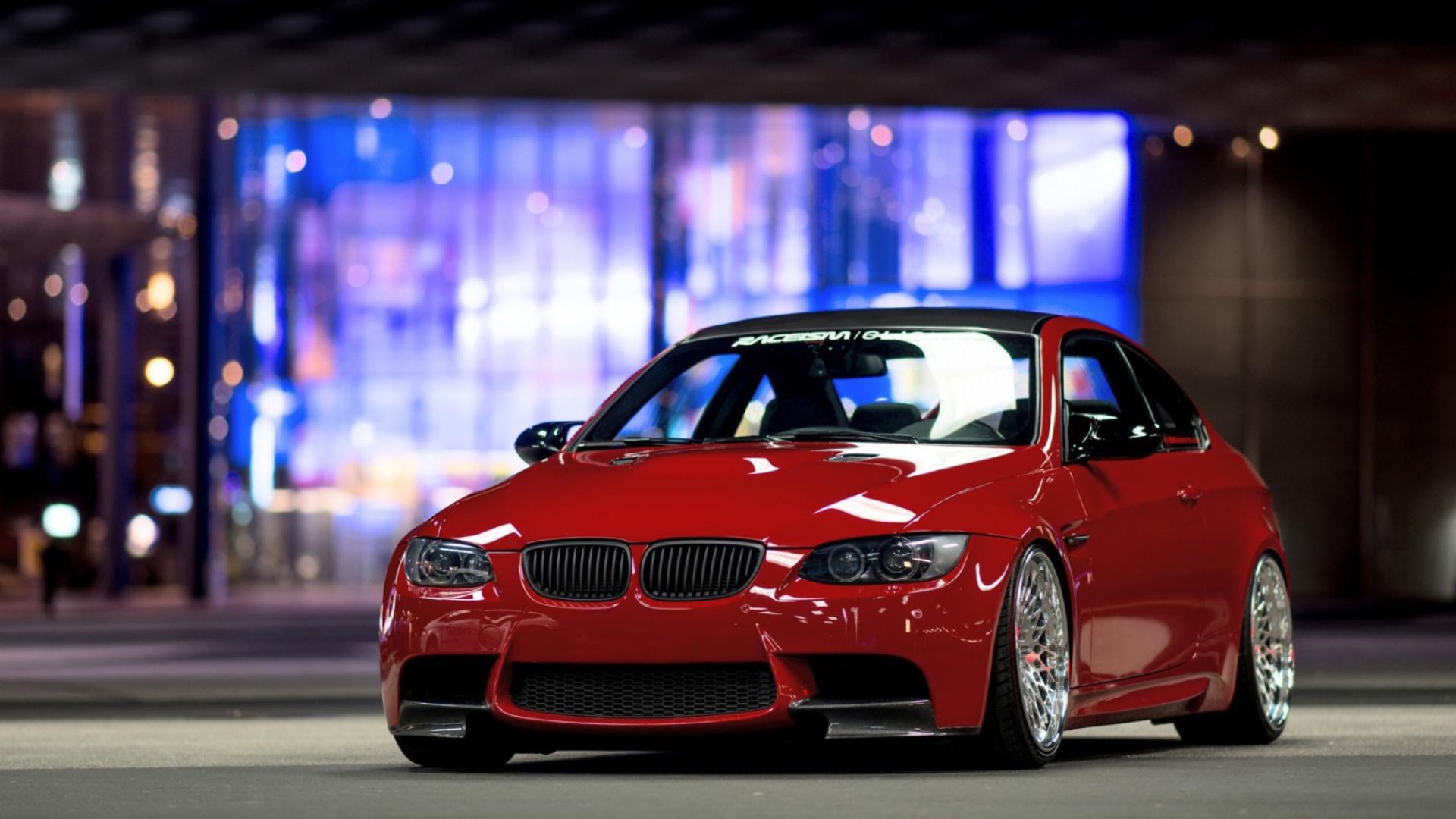 красный автомобиль bmw 3 без смс