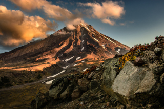 Koryaksky Volcano on Kamchatka Background for Android, iPhone and iPad