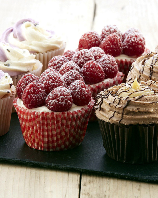 Mixed Berry Cupcakes sfondi gratuiti per HTC Pure