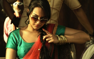 Sonakshi Sinha In Joker Picture for 1920x1408