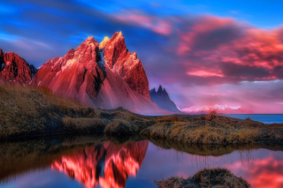 Beautiful Red Sunset Landscape Wallpaper for HTC Desire HD