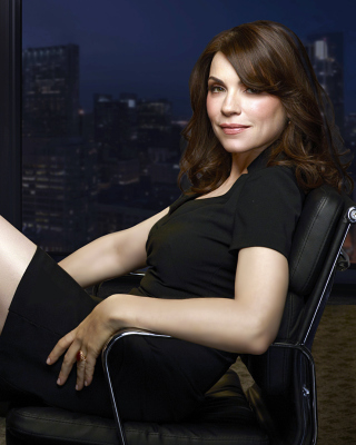 The Good Wife Alicia Florrick Legs Picture for 240x320