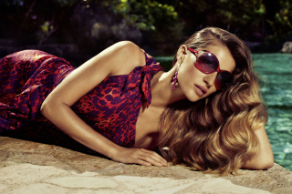Gisele Bundchen Salvatore Ferragamo Ads Background for Android, iPhone and iPad
