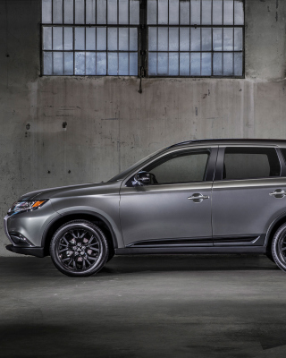 2018 Mitsubishi Outlander Wallpaper for Nokia C1-01