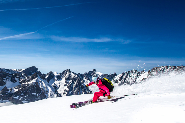 Skiing in Aiguille du Midi wallpaper