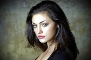 Phoebe Tonkin Background for Desktop 1280x720 HDTV