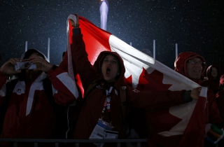 Free Canada Sport Fans Picture for Android, iPhone and iPad