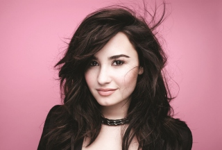 Картинка Demi Lovato Girlfriend для андроид
