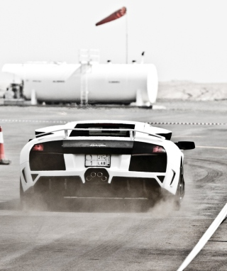 Free White Lamborghini Murcielago On Track Picture for iPhone 5C