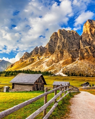 South Tyrol and Dolomites Background for 480x800