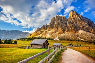 South Tyrol and Dolomites Background for LG P700 Optimus L7