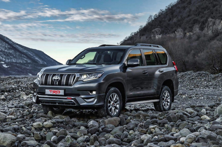 Das 2019 Toyota Land Cruiser Prado Wallpaper