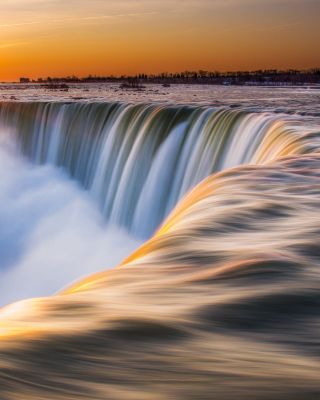 Free Niagara Falls Picture for iPhone 6 Plus