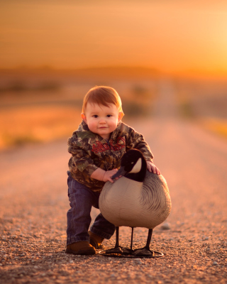 Kid and Duck - Fondos de pantalla gratis para 352x416