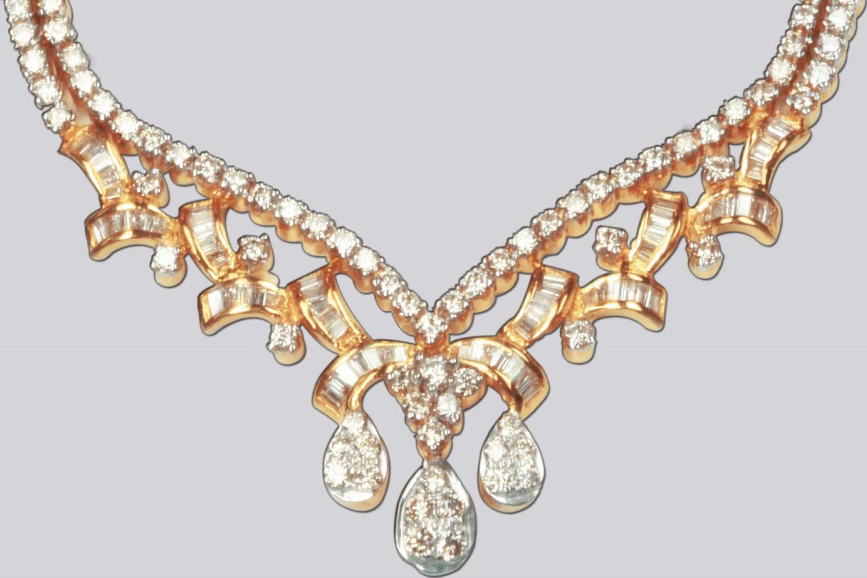 линейке картинки на фон ожерелья бриллианты бесплатный фоторедактор