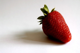 Strawberry Picture for Android, iPhone and iPad
