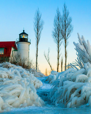 Winter Frozen Lighthouses Background for iPhone 6 Plus