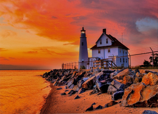 Lighthouse In Michigan Picture for Android, iPhone and iPad