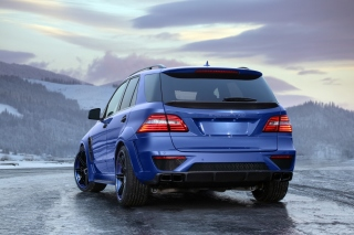 2012 Mercedes Benz ML63 AMG Background for Android, iPhone and iPad