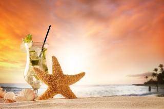 Beach Drinks Cocktail Background for 1366x768