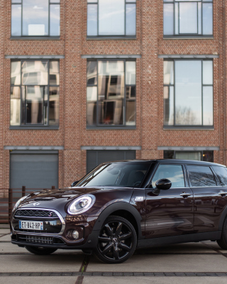 2018 MINI Cooper Clubman Wallpaper for Nokia X3-02