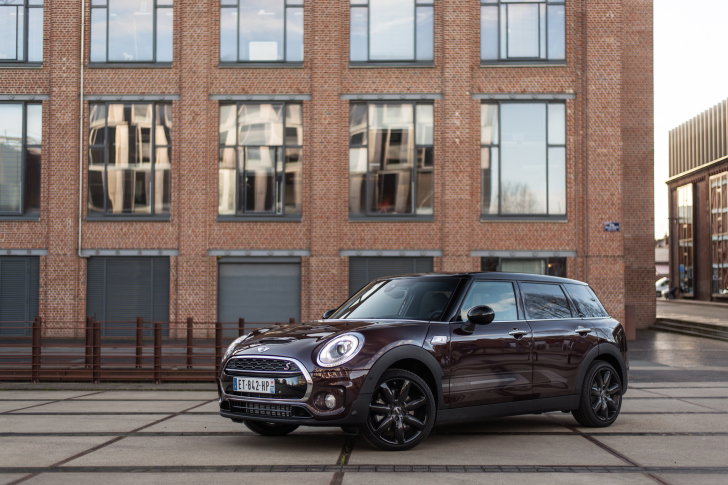 2018 MINI Cooper Clubman wallpaper