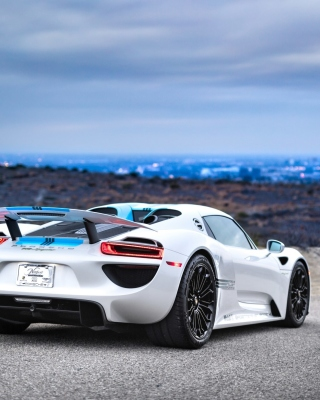 Porsche 918 Spyder Wallpaper for Nokia C1-01