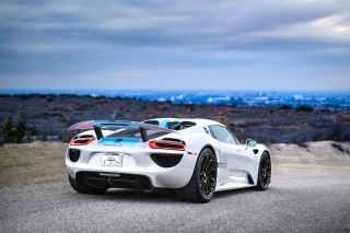 Porsche 918 Spyder sfondi gratuiti per cellulari Android, iPhone, iPad e desktop
