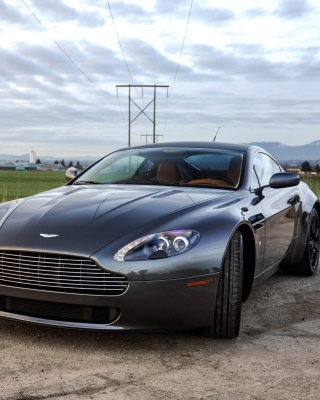 Free Aston Martin V8 Vantage Picture for 360x400