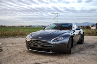 Aston Martin V8 Vantage Picture for Samsung Galaxy Note 4