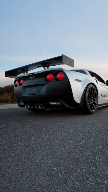 Das Corvette Z06 Wallpaper 360x640