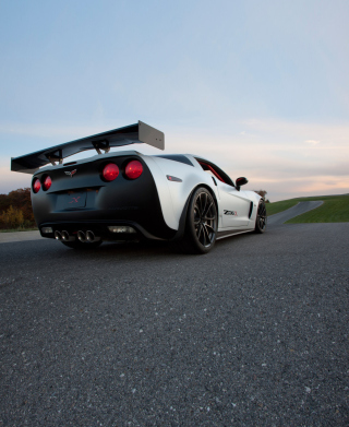 Corvette Z06 Wallpaper for Nokia C6