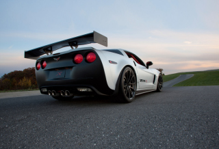 Free Corvette Z06 Picture for Android, iPhone and iPad