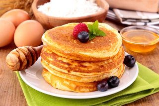 Pancakes with honey Picture for Android, iPhone and iPad
