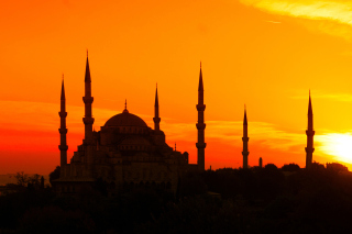 Sunset in Istanbul Picture for 1366x768