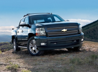 Free Chevrolet Silverado Picture for Android, iPhone and iPad