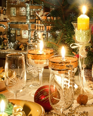Rich New Year table Background for Nokia Asha 306