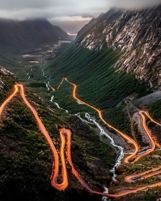 Trollstigen Serpentine Road in Norway Wallpaper for Nokia Asha 300