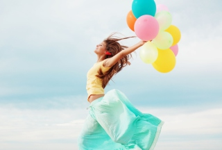 Картинка Girl With Colorful Balloons для Android